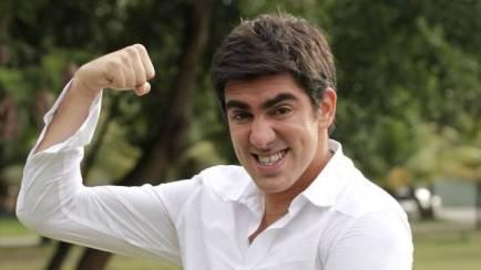 Marcelo Adnet é escalado para o elenco de nova série da Globo