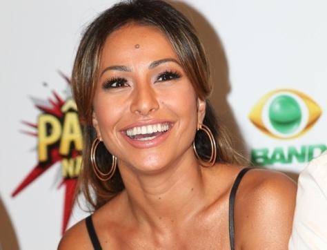 Record teria acertado contrato com Sabrina Sato, diz revista