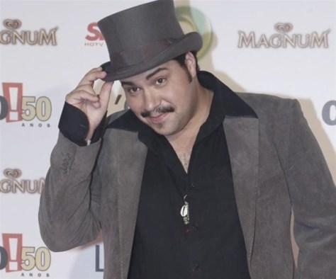 Tiago Abravanel renova por quatro anos com a Globo