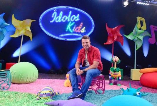ídolos Kids marca boa audiência em novo dia e horário