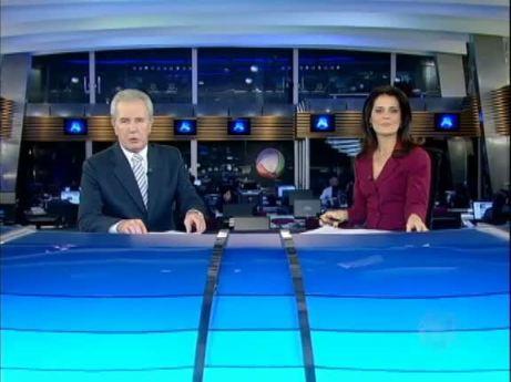 Jornal da Record cola em Carrossel nesta segunda (18)