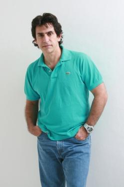 Psicólogo e escritor Alexandre Bez