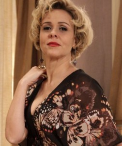 Giulia Gam é Bárbara Ellen em 'Sangue bom