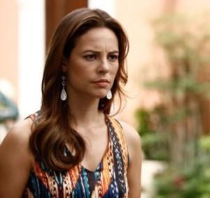 """ Paola Oliveira """