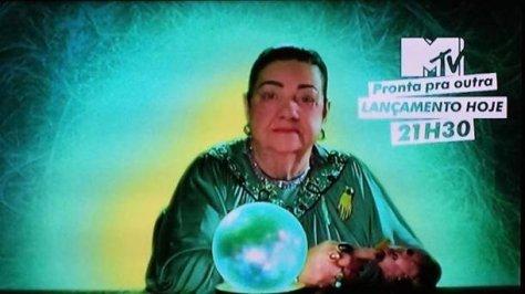 Mãe Dináh lixando as unhas protagonizou a nova fase da MTV