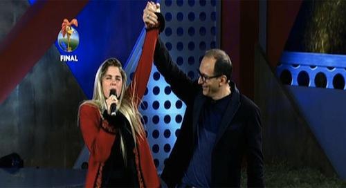 """Grande final de """"A Fazenda"""" derrota a Globo e é líder no horário com 12 pontos"""