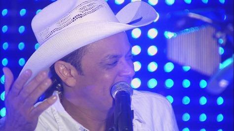 Frank Aguiar pode lançar programa na RedeTV!
