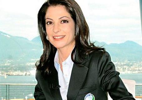 RedeTV! quer Ana Paula Padrão comandando telejornal