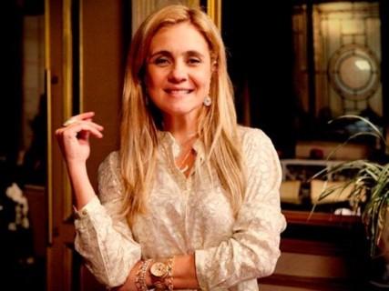 Adriana Esteves não consegue desvincular seu nome de Carminha