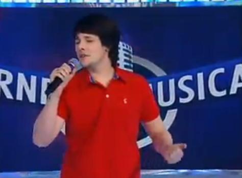 Candidato Lucas Poletto no Torneio Musical