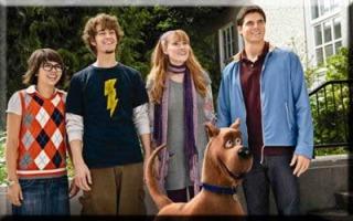 SBT exibe o filme Scooby-Doo! O Mistério Começa no Feriadão SBT