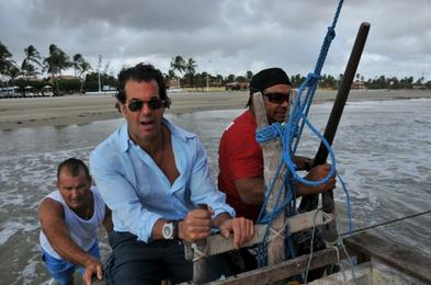 Álvaro Garnero aprende Windsurf e pesca em jangada