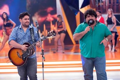 César Menotti & Fabiano canta seus maiores sucessos